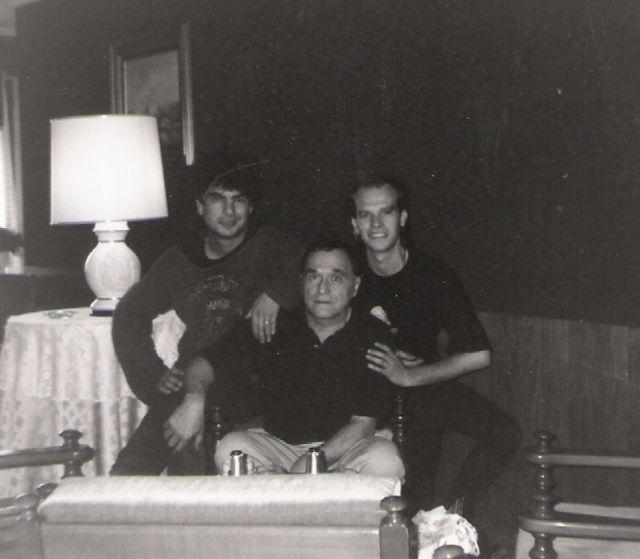 1996 aprox. Los Kikes y John Giorno