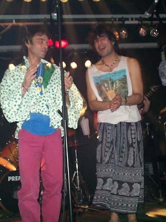2001, Madrid. Huevos Canos Juanito y Kike