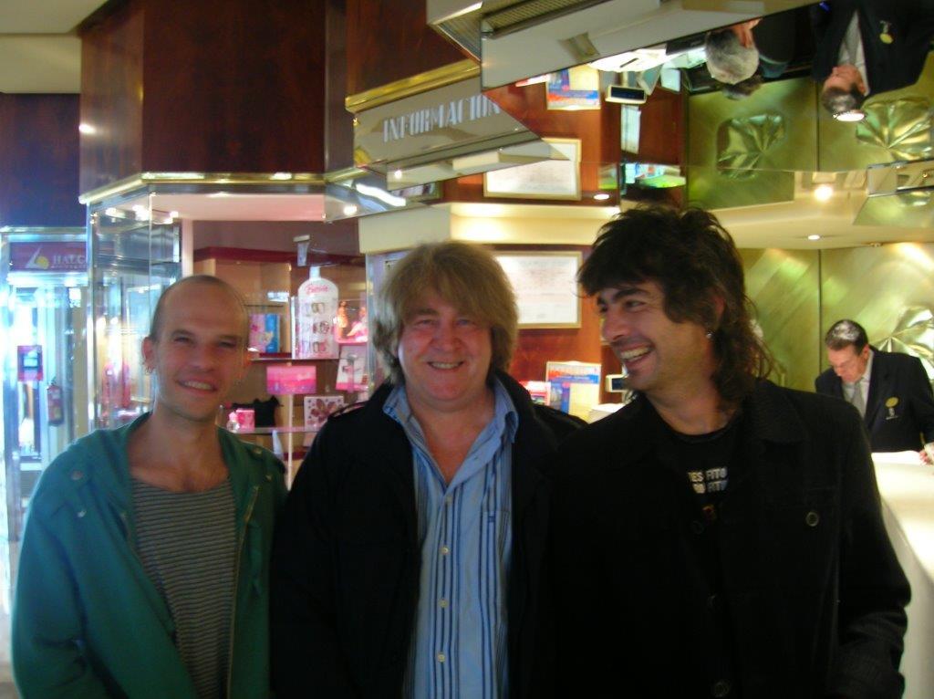 2007, Madrid. Los Kikes & Mick Taylor